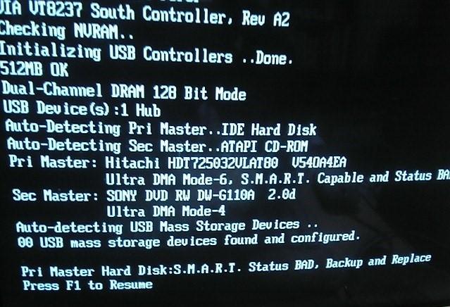 Máy tính bị hard disk smart
