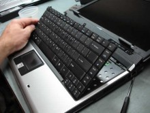 Hướng dẫn cách vệ sinh laptop