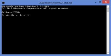 Nhập vào dòng lệnh attrib -s -h /s /d
